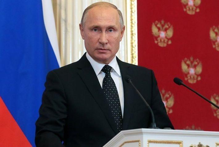 Путин отметил особое отношение к женщинам в России