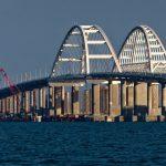 Движение грузовиков по Крымскому мосту откроется 30 сентября