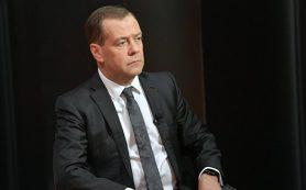 Медведев: Европа из-за санкций в отношении России теряет больше, чем США