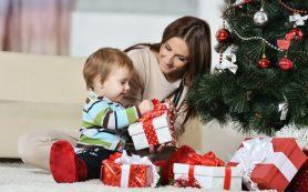 Сколько денег россияне потратят на новогодние подарки