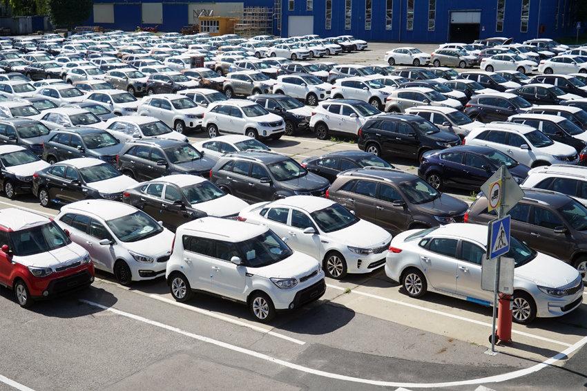 Банки выступили за снижение комиссий при оплате автомобилей по карте