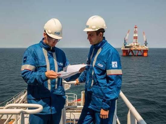 Как снять промышленность с нефтяной иглы: двойные стандарты экономики