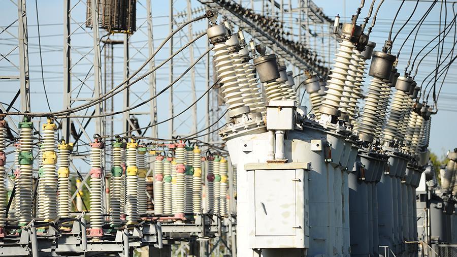 Лишняя энергия: потребители будут платить за прекращение работы электростанций