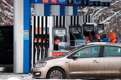 Цены на бензин решили удержать