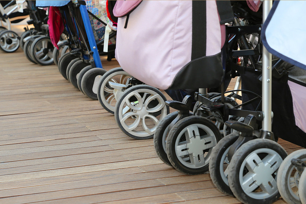 Роскачество проверило детские коляски