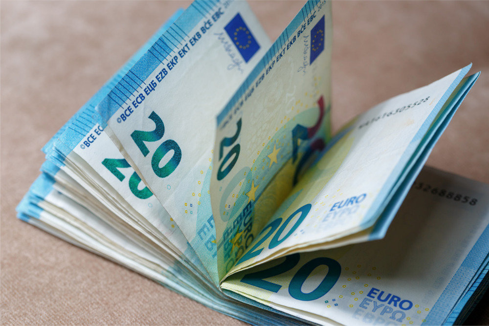 Рынок может увидеть падение евро до минимума с начала 2018 года