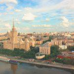 Свежая вторичка дорожает, а советский жилфонд — дешевеет