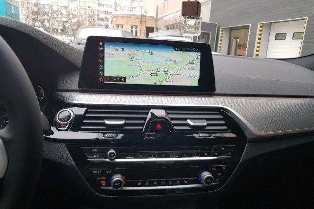 Программное обеспечение NBT EVO для определения оптимального маршрута для автовладельцев BMW X1