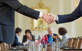 Путин согласился рассмотреть идею о запрете комиссии при оплате услуг ЖКХ