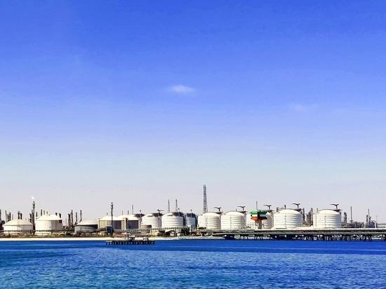 «Нефтью залито всё»: с хранилищами творится ад