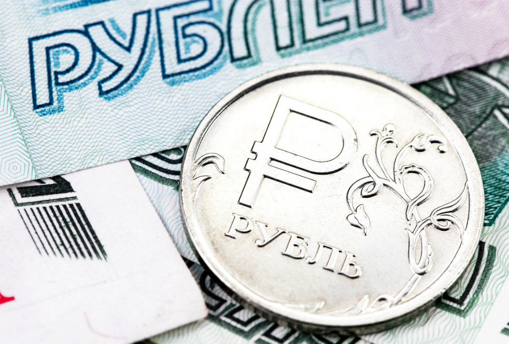Рубль нанесет ответный удар доллару и евро