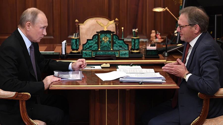 Путин поручит изучить смягчение требований к бизнесу по сохранению штата