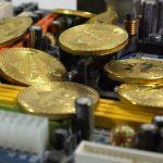 Интернет-омбудсмен сравнил биткоин с пирамидой МММ
