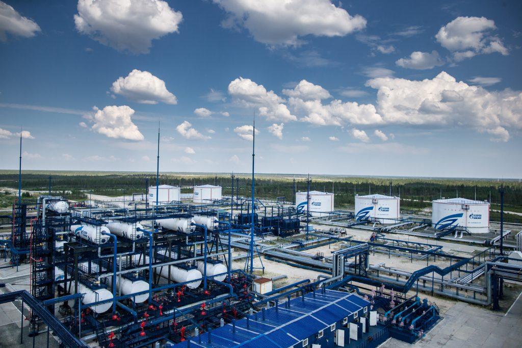 «Газпром нефть» планирует занять к 2030 году четверть рынка фасованных масел в РФ