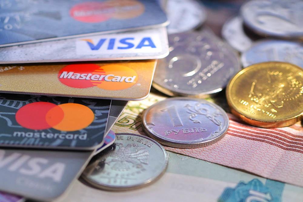 ЦБ не увидел рисков отключения России от Visa и MasterCard