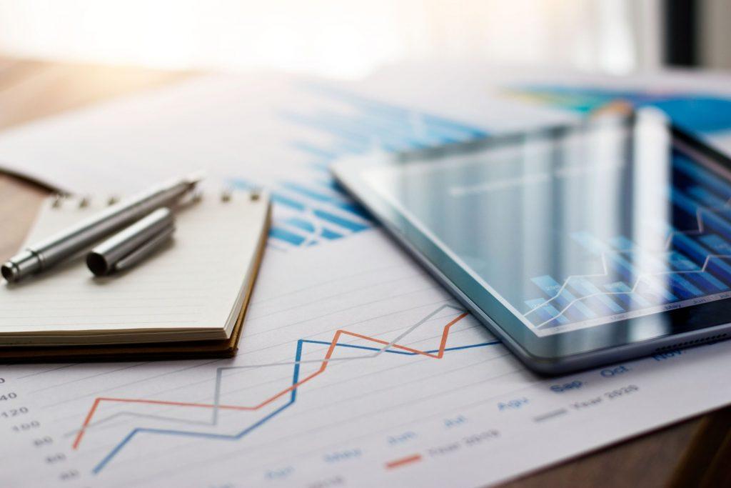 Эксперты: дедолларизация может обогатить инвесторов в драгметалл