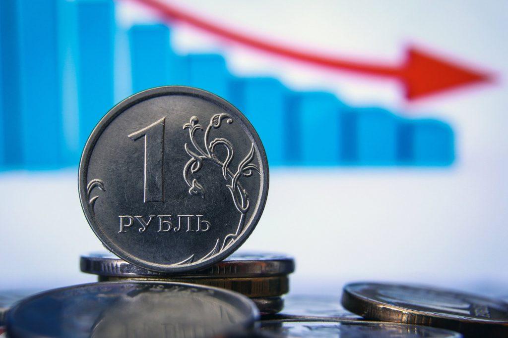 Почему рубль дешевеет при дорожающей нефти