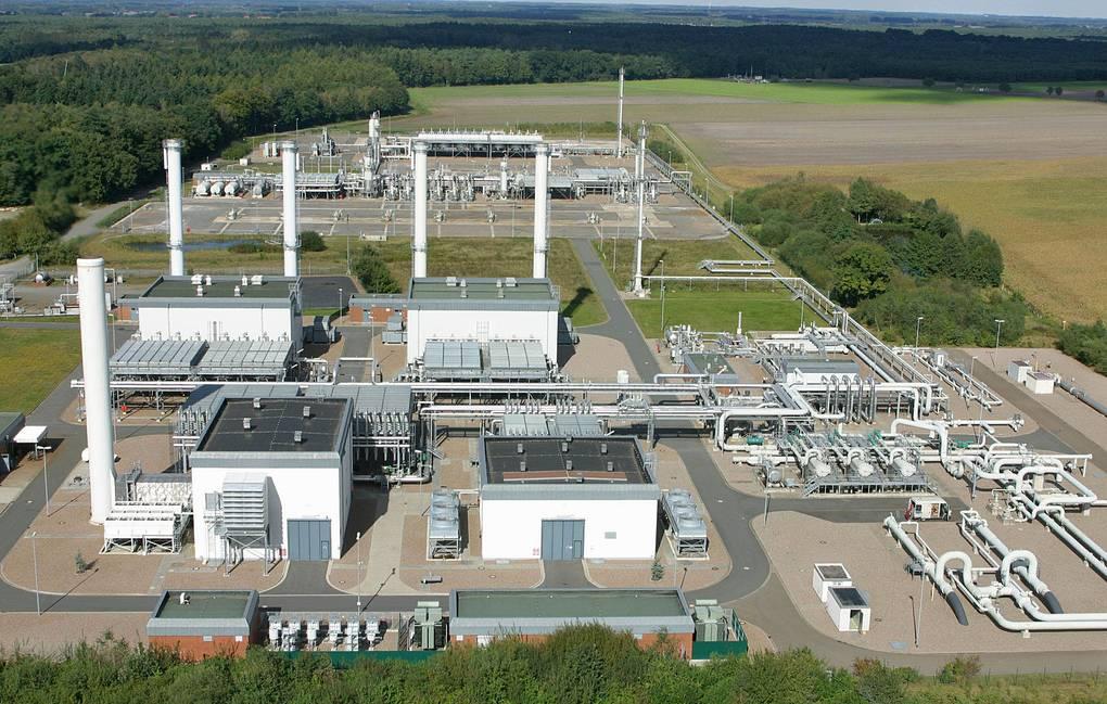«Газпром» в конце июля снизил закачку газа в ПХГ Европы