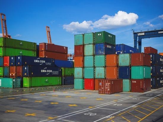 Закрытие китайских портов из-за коронавируса грозит миру дефицитом товаров