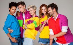 Как выглядеть красиво в одежде разных цветов?